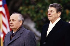 Mikhail Gorbachev and Ronald Reagan at the White House